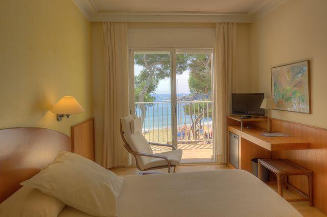 habitació amb terrassa hotel Terramar