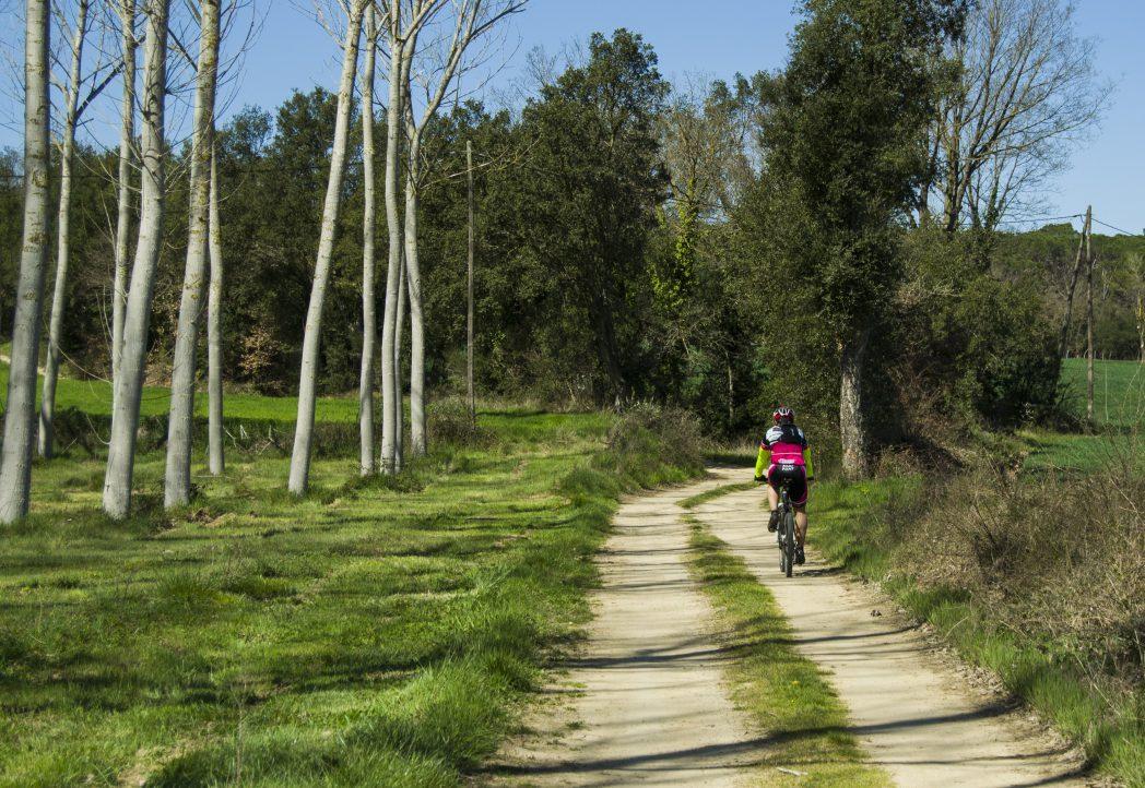 Ciclista per la Ruta Termal
