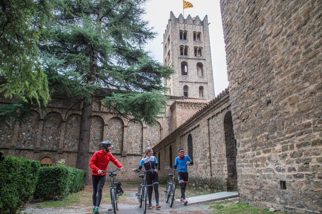 Ciclistes per Sant Joan de les Abadesses